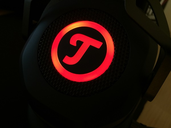 http://techgaming.nl/image_uploads/reviews/Teufel-Cage/Bestand%20(25).JPG
