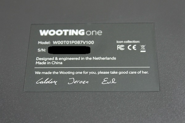 http://www.rooieduvel.nl/reviews/Wooting//Pics/IMG_3642a.JPG