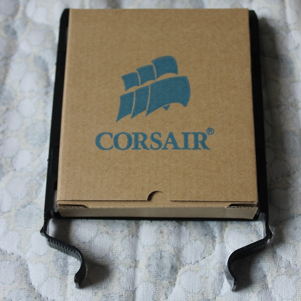 http://www.tgoossens.nl/reviews/Corsair/Graphite_730T/Unboxing/IMG_1211.jpg
