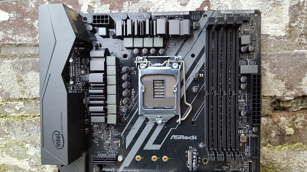 http://techgaming.nl/image_uploads/reviews/ASRock-Z370-Killer-SLI/Bestand%20(21).jpg