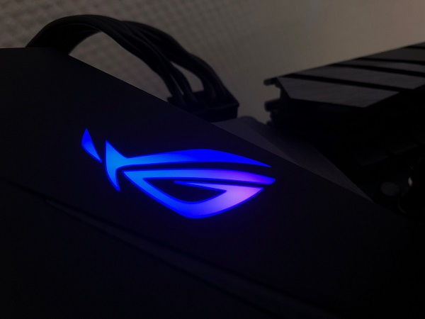 http://techgaming.nl/image_uploads/reviews/Asus-ROG-B450-F-Gaming/LED (4).JPG