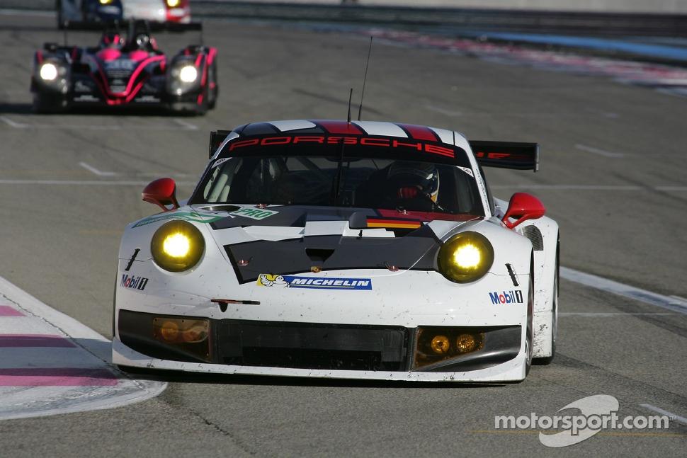 http://cdn-4.motorsport.com/static/img/mgl/1500000/1530000/1534000/1534400/1534424/s1_1.jpg