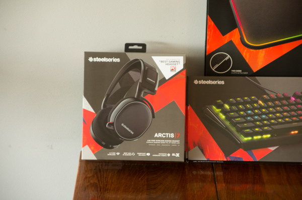 http://www.nl0dutchman.tv/reviews/steelseries-arctis7/1-5.jpg