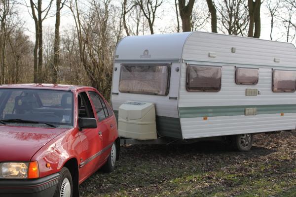 http://img.jamms.nl/img/Kadett_caravan2.jpg
