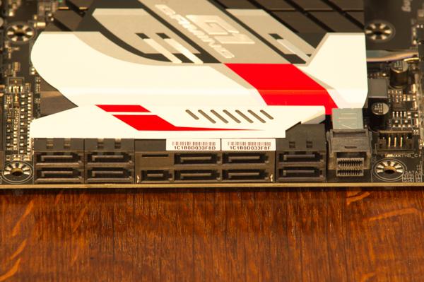 http://www.nl0dutchman.tv/reviews/gigabyte-x99-ultragaming/2-106.jpg
