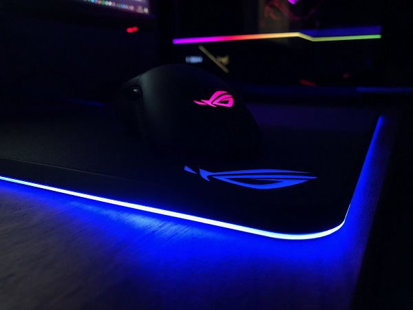 http://techgaming.nl/image_uploads/reviews/Asus-ROG-Gladius-Balteus/led%20(10).JPG