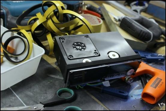 http://www.l3p.nl/files/Hardware/SteigerWood/Buildlog/118%20%5b550xl3pw%5d.JPG