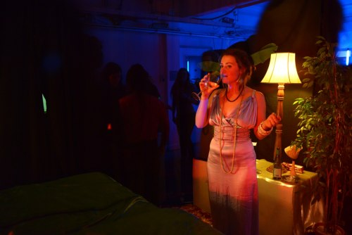http://thehospages.com/pictures/2013-parties/2013-02-02-hotel-hulot/thumb2/image33.jpg