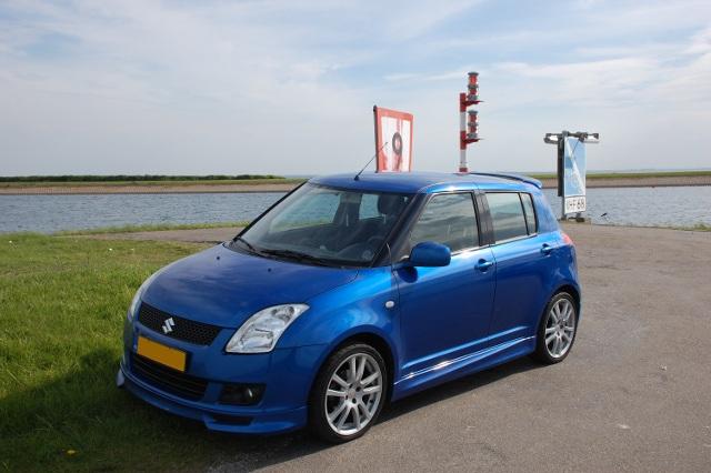 http://people.zeelandnet.nl/mikeysuus/got/Mikey%20-%20Swift%202009.JPG