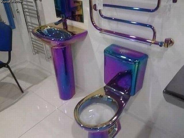 http://kuvaton.com/kuvei/toilet_5.jpg
