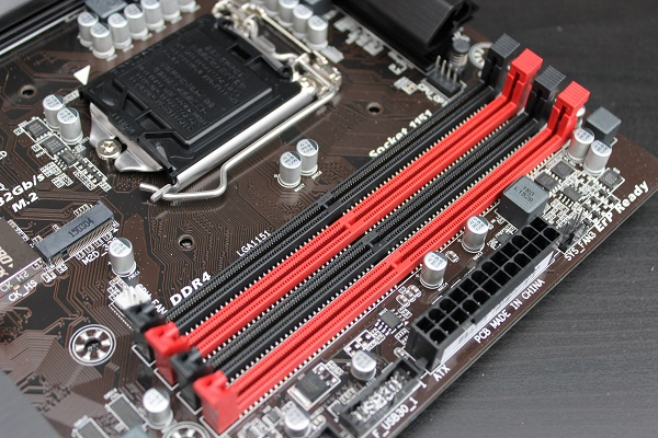 http://www.tgoossens.nl/reviews/Gigabyte/Z170X_Gaming_3/IMG_2954.JPG