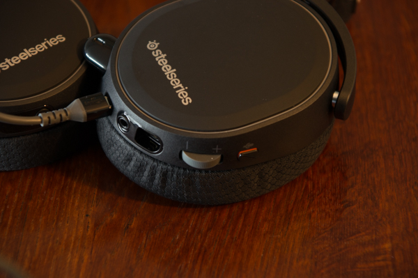 http://www.nl0dutchman.tv/reviews/steelseries-arctis7/1-105.jpg