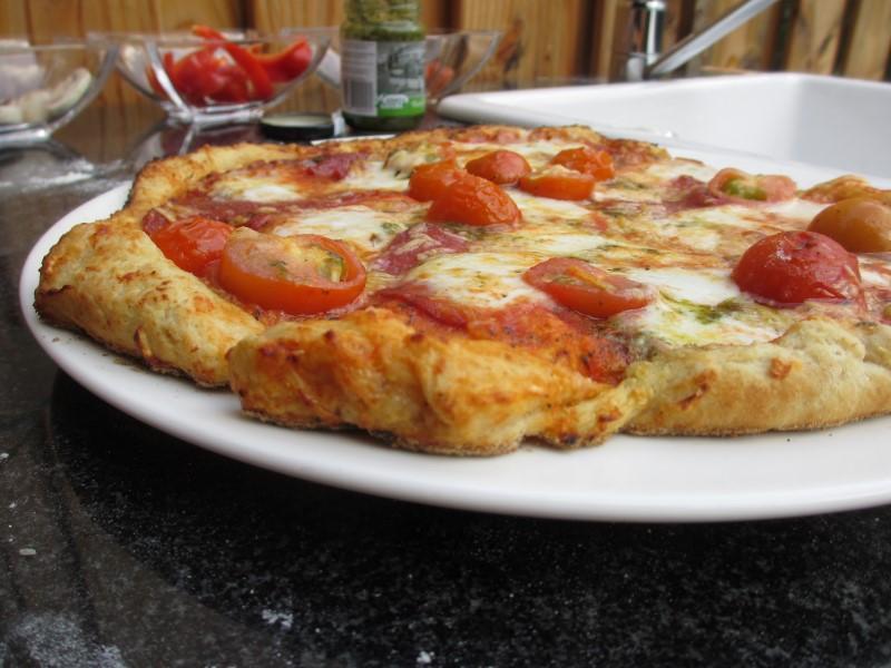 http://www.mpsoft.nl/Mattijs/Steenoven/Pizza%20(7).JPG