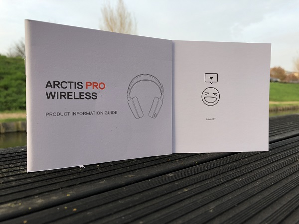 http://techgaming.nl/image_uploads/reviews/Steelseries-Arctis-Pro-Wireless/bestand%20(23).JPG