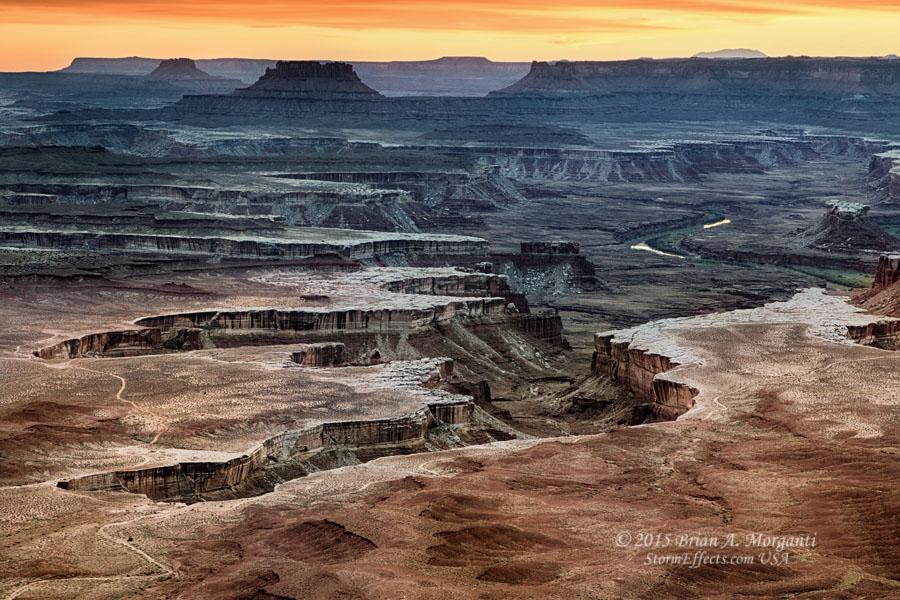 http://www.stormeffects.com/images/093015%20GreenRiverOverlook3-Sunset.jpg