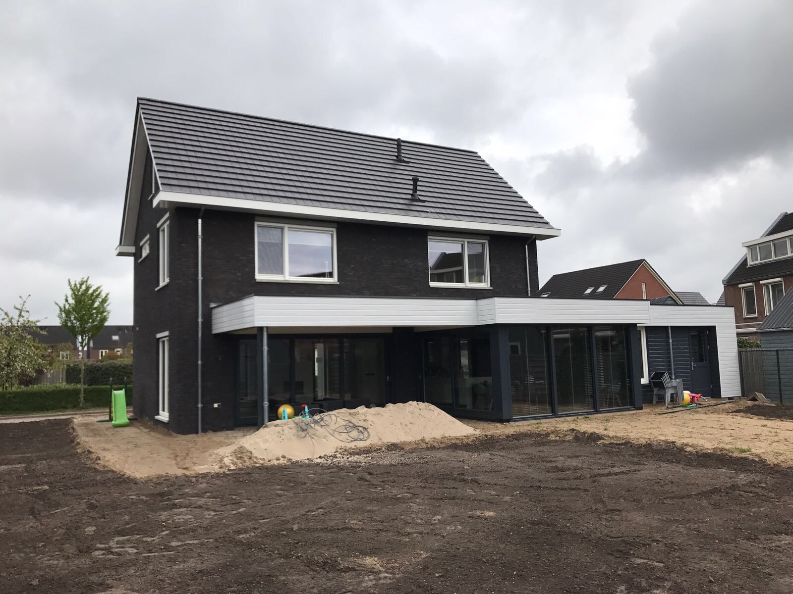 http://uploads.metsander.nl/huis-4-20170727.JPG