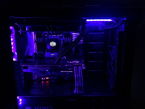 http://techgaming.nl/image_uploads/reviews/Phanteks-Evolv-ATX/build%20(7).jpeg