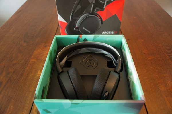 http://www.nl0dutchman.tv/reviews/steelseries-arctis7/1-80.jpg