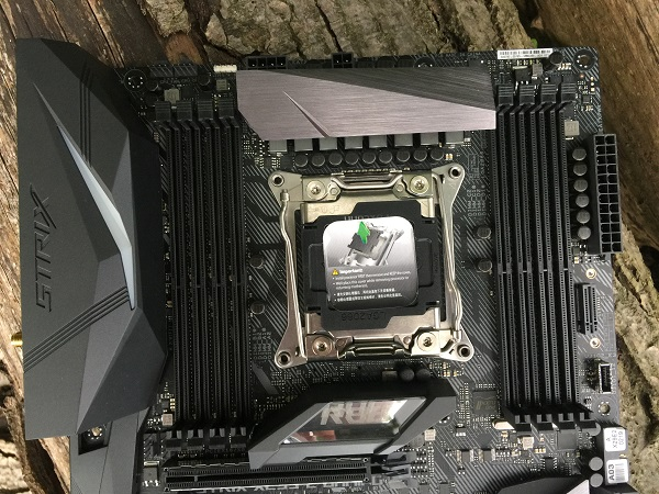 http://techgaming.nl/image_uploads/reviews/Asus-ROG-X299-Strix/Bestand%20(25).JPG