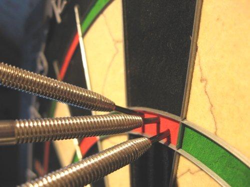 http://gieterveen.com/wp-content/uploads/2013/03/darts180_021.jpg
