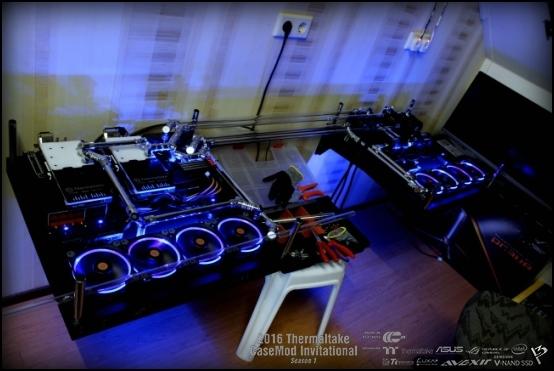 http://www.l3p.nl/files/Hardware/TtD3sk/buildlog/98%20%5b550xl3pTt%5d.JPG