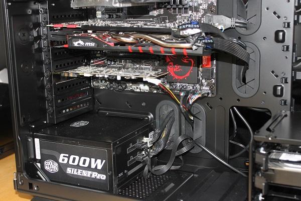 http://www.tgoossens.nl/reviews/Corsair/Graphite_730T/Buildup/IMG_1405.jpg