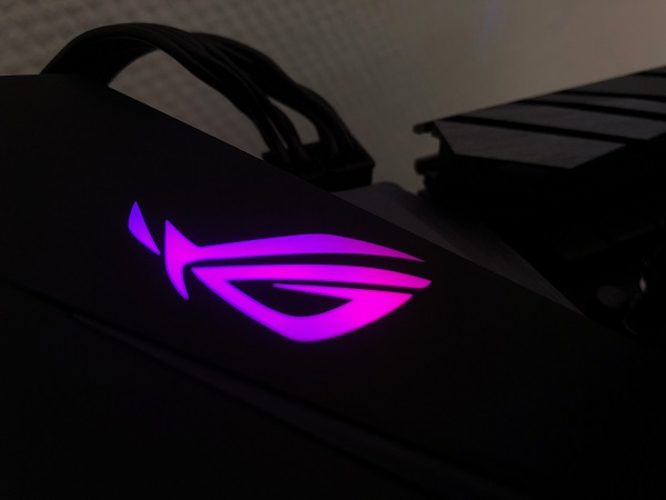 http://techgaming.nl/image_uploads/reviews/Asus-ROG-B450-F-Gaming/LED (5).JPG