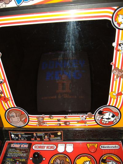 http://www.vidiotarcade.com/pictures/VideoGames/DK-bezel.jpg