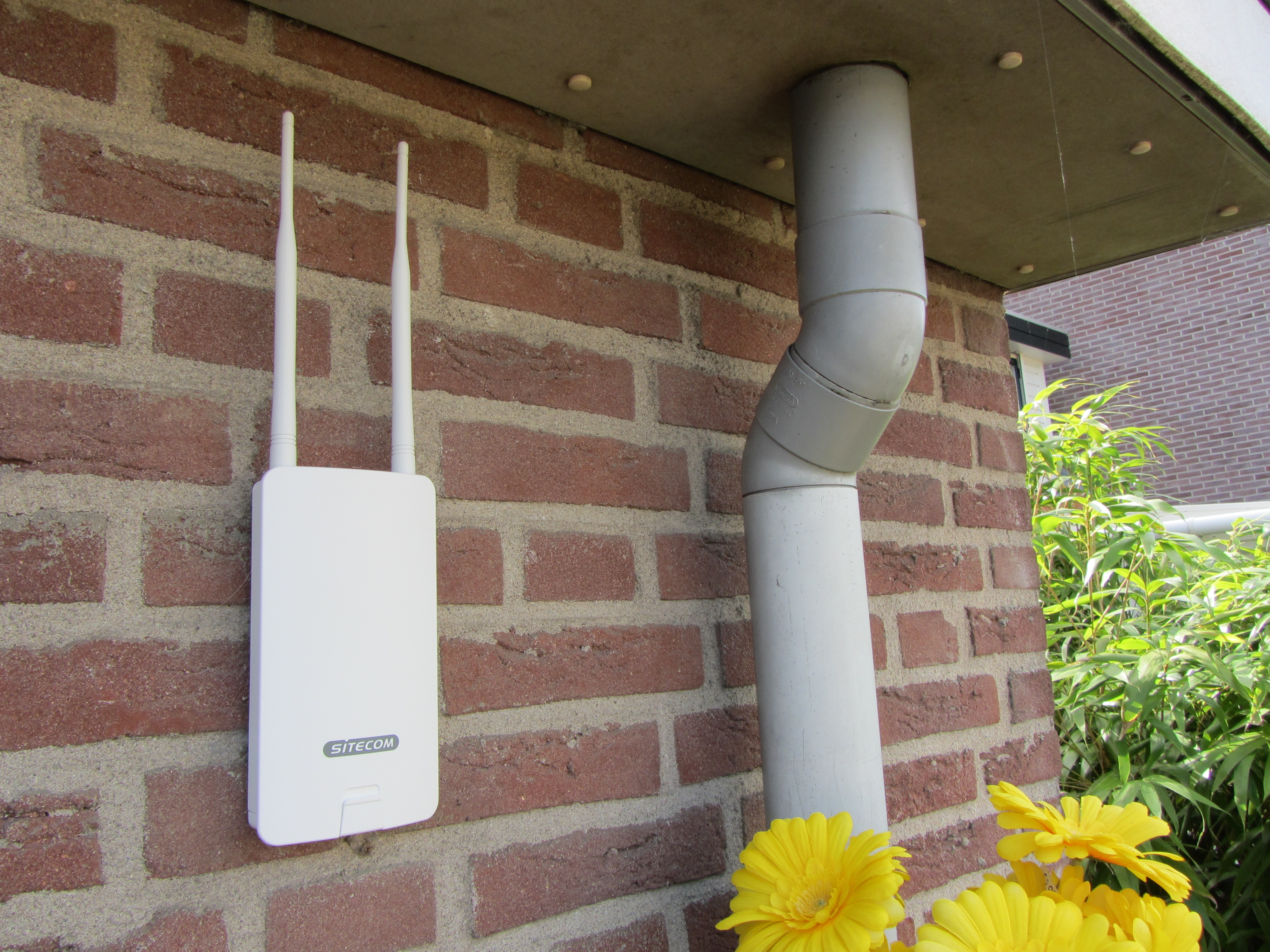 Sitecom n300 wi fi outdoor range extender   pclinde   userreviews ...