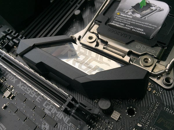 http://techgaming.nl/image_uploads/reviews/Asus-ROG-X299-Strix/Bestand%20(7).JPG