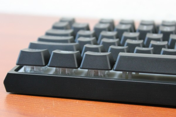 http://www.tgoossens.nl/reviews/Coolermaster/MS120/Pics/IMG_7363.jpg