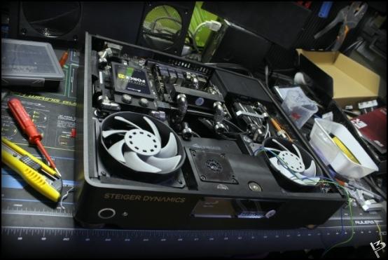 http://www.l3p.nl/files/Hardware/SteigerWood/Buildlog/126%20%5b550xl3pw%5d.JPG