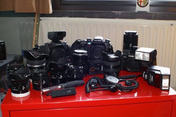 http://www.grubeater.nl/pics/GoT/lineup.jpg