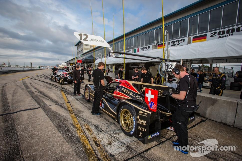 http://cdn-4.motorsport.com/static/img/mgl/1500000/1520000/1522000/1522700/1522784/s1_1.jpg