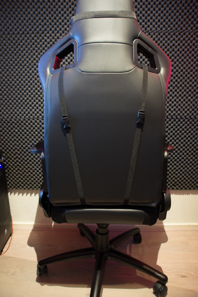 http://www.nl0dutchman.tv/reviews/noblechairs-epic/1-61.jpg