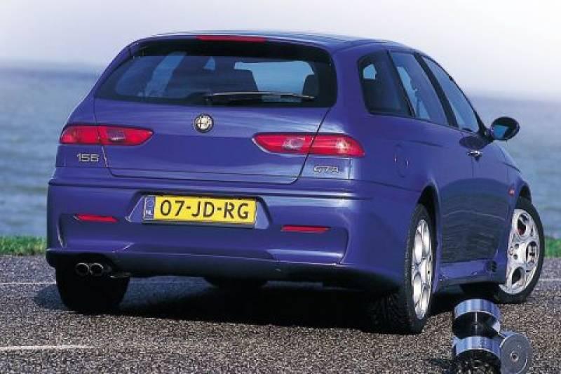 http://www.autoweek.nl/images/800/0/4a2733a2e621a1a80c733329812534f0.jpg