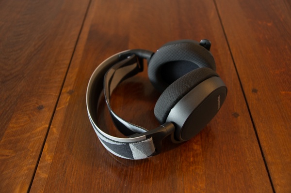 http://www.nl0dutchman.tv/reviews/steelseries-arctis7/1-95.jpg