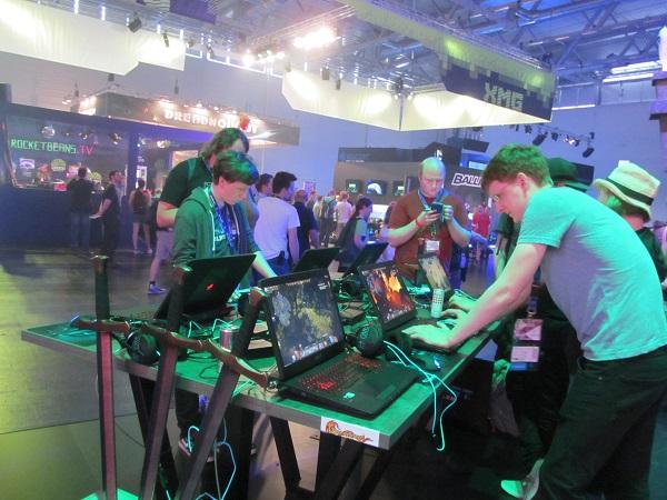 http://www.techtesters.eu/pic/BLOG-PIM/Gamescom2015-Drakensang/IMG_5825.JPG