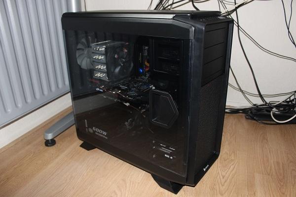http://www.tgoossens.nl/reviews/Corsair/Graphite_730T/Buildup/IMG_1440.jpg