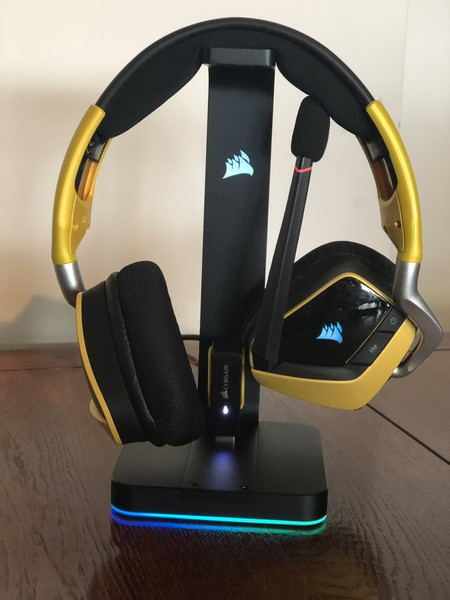 http://www.nl0dutchman.tv/reviews/corsair-mic-stand/2-42.jpg