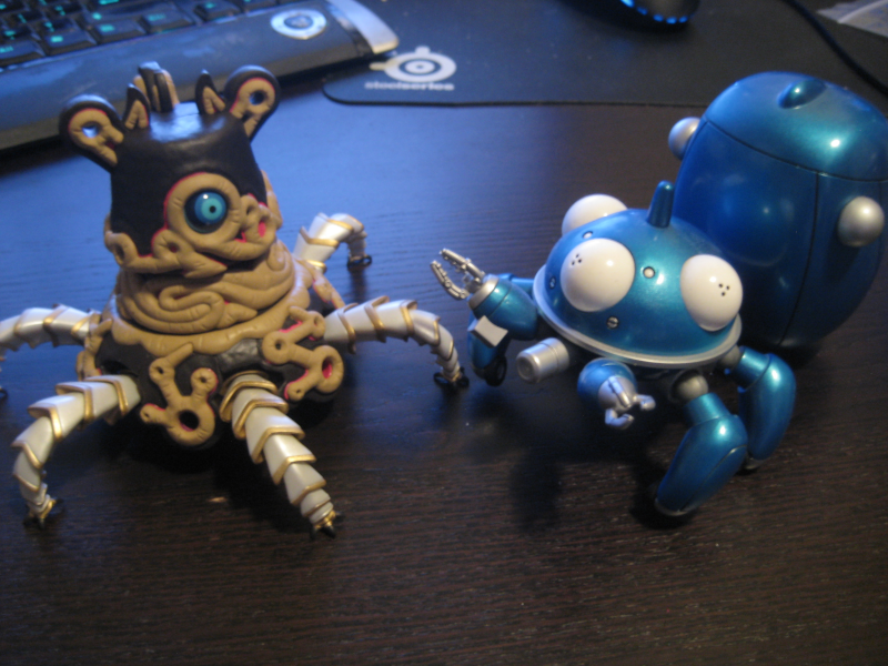 http://home.kabelfoon.nl/~arthiele/images/pictures/guardian_tachikoma.png