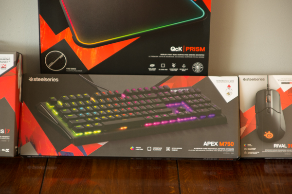 http://www.nl0dutchman.tv/reviews/steelseries-apex750/1-6.jpg