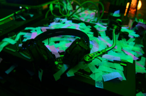 http://thehospages.com/pictures/2011-parties/2011-06-12-oraf-paradiso/thumb2/image111.jpg