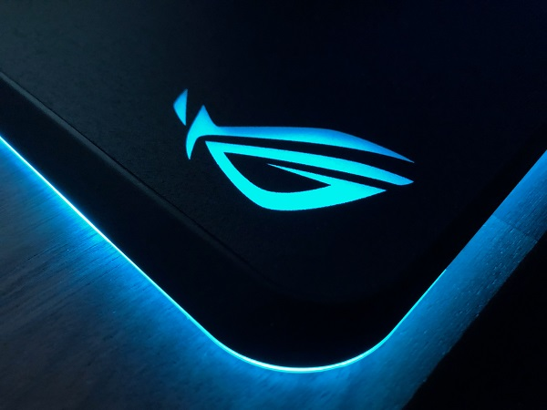 http://techgaming.nl/image_uploads/reviews/Asus-ROG-Gladius-Balteus/led%20(4).JPG