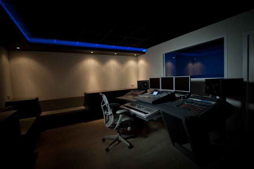 Post hier foto 39 s en specs van je home cinema deel 48 audio en hifi got - Studio meubels ...