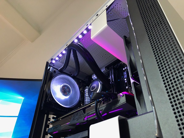 http://techgaming.nl/image_uploads/reviews/NZXT-H400i/bestand%20(57).JPG