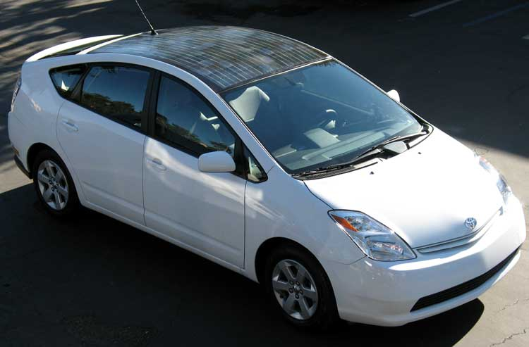 http://images.huffingtonpost.com/2010-06-20-toyota_prius_with_solar_panels.jpg