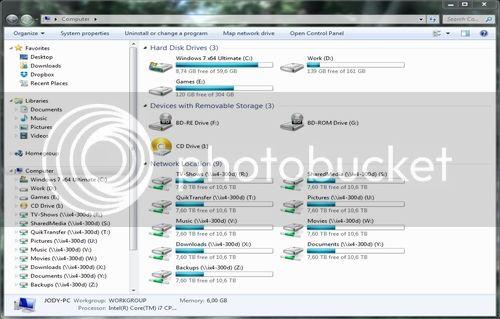 http://i1117.photobucket.com/albums/k599/AmigaWolf/rsz_computer_zpsd0610a2a.jpg~original
