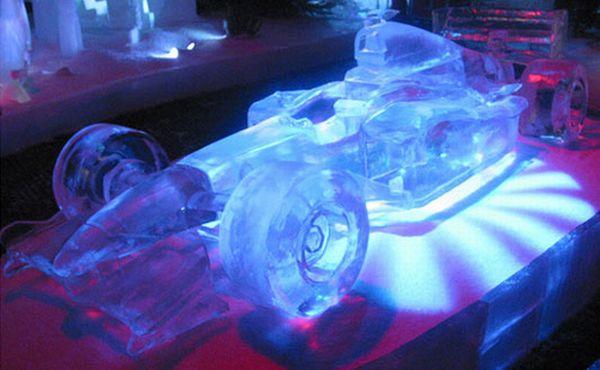 http://3.bp.blogspot.com/_r8EMMKBqjiU/TJSywDyALhI/AAAAAAAAAXc/ts06NQKTu8A/s1600/f1-ice-car_NQyJz_1292.jpg