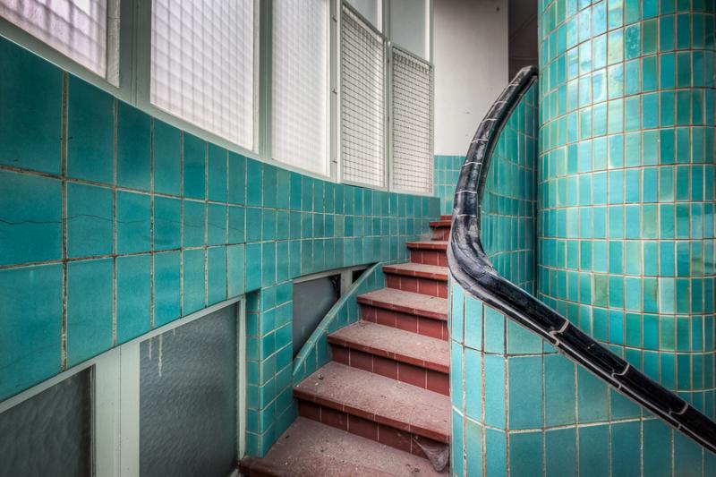 http://arnoraps.com/foto/artdeco/sfoto02.jpg